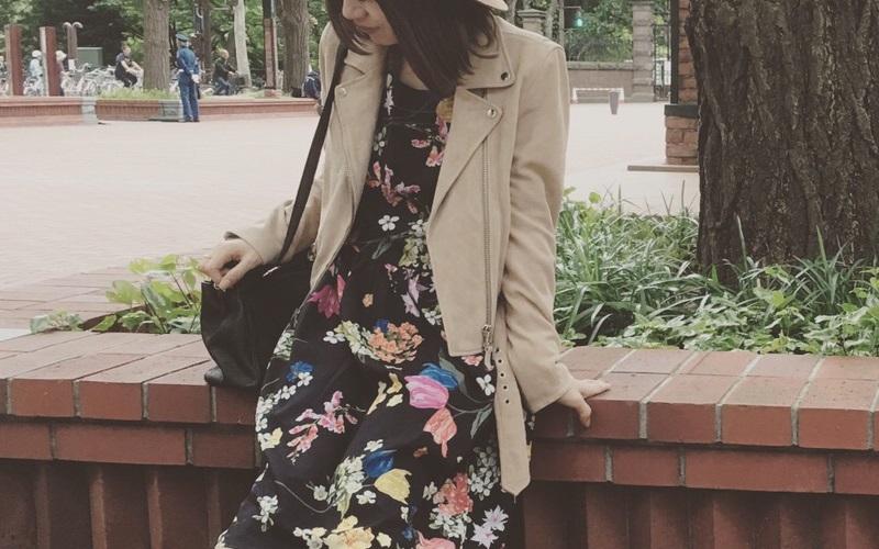 甘口・辛口アイテムの代表的な服で40代女性の大人のバランスコーデ術