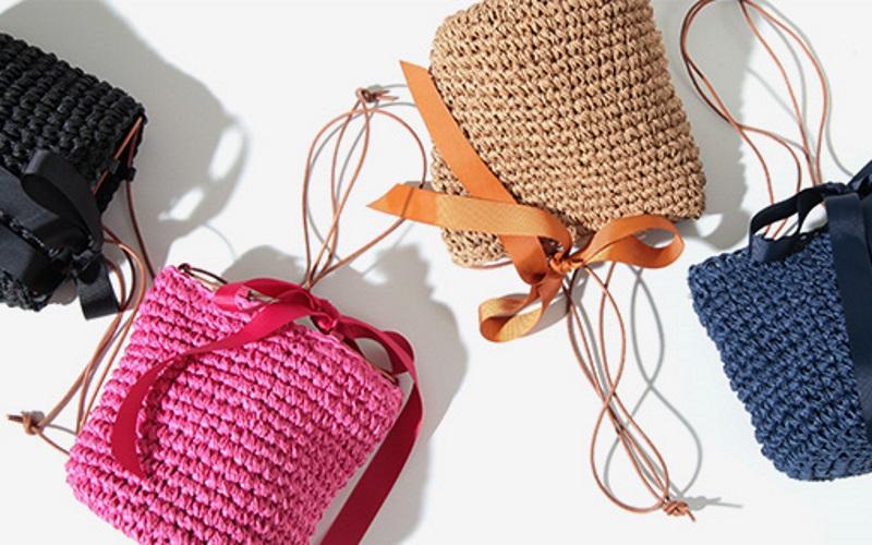 大人の褒められバッグは、夏らしいクリア・かごバッグ・大きめトート♪